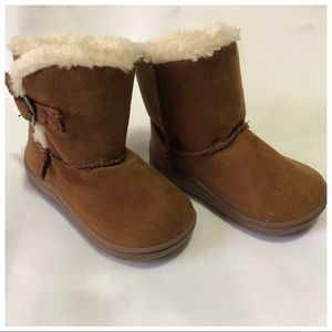 👗Garanimals faux fur boots toddler size 4